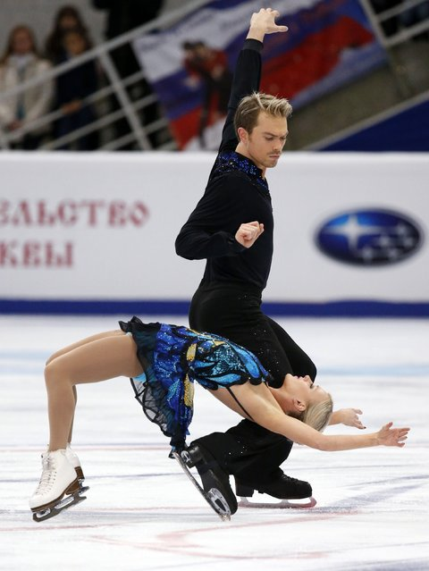 Britain's Penny Coomes and Nicholas Buckland perform during the ice dance free dance program at the Rostelecom Cup ISU Grand Prix of Figure Skating in Moscow November 15, 2014. (Photo by Grigory Dukor/Reuters)