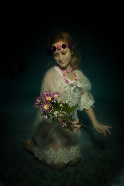 2014 Underwater Photography Photo Contest winners, Fashion category, 1st place. (Photo by Dmitry Vinogradov/UnderwaterPhotography.com)