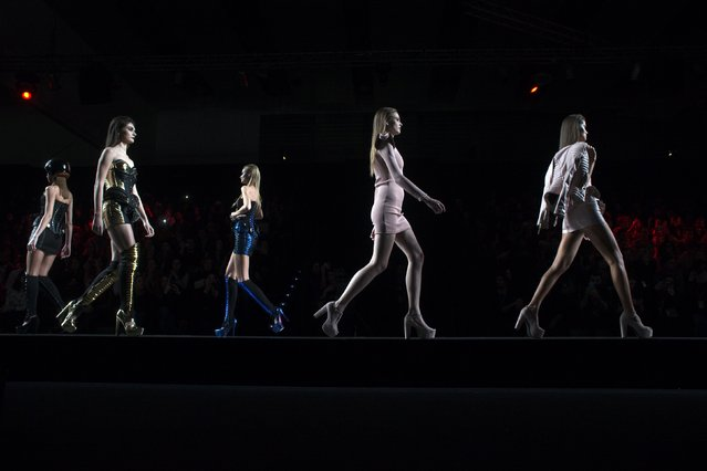 Models present creations from Maya Hansen's Fall/Winter 2015 collection during the Mercedes-Benz Fashion Week in Madrid February 10, 2015. (Photo by Susana Vera/Reuters)