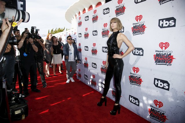 Singer Taylor Swift poses at the 2016 iHeartRadio Music Awards in Inglewood, California, April 3, 2016. (Photo by Danny Moloshok/Reuters)
