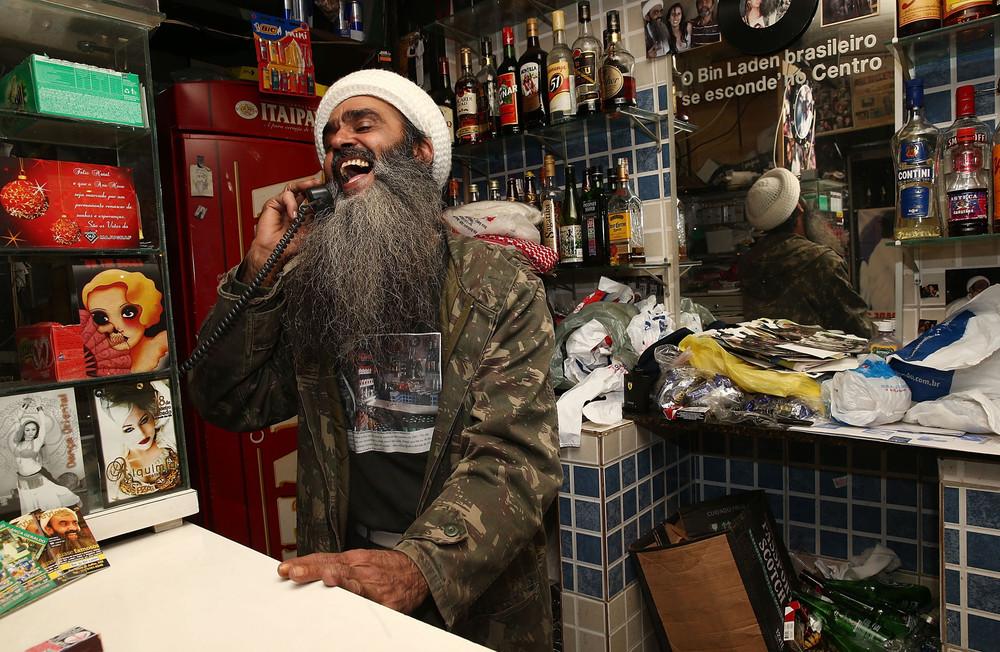 Osama Bin Laden Lookalike Big Hit in Sao Paulo Bar