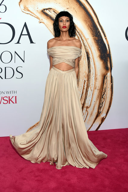 Joan Smalls arrives at the CFDA Fashion Awards at the Hammerstein Ballroom on Monday, June 6, 2016, in New York. (Photo by Evan Agostini/Invision/AP Photo)