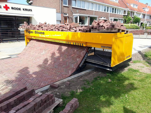 Tiger Stone – A Fast and Tidy Drafting Brick Road Machine