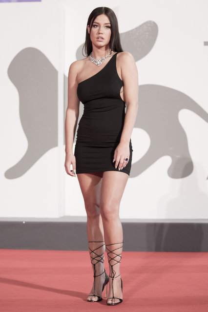 """Adele Exarchopoulos walks the red carpet ahead of the movie """"Pieces of a woman"""" at the 77th Venice Film Festival on September 05, 2020 in Venice, Italy. (Photo by Alessandra Benedetti – Corbis/Corbis via Getty Images)"""