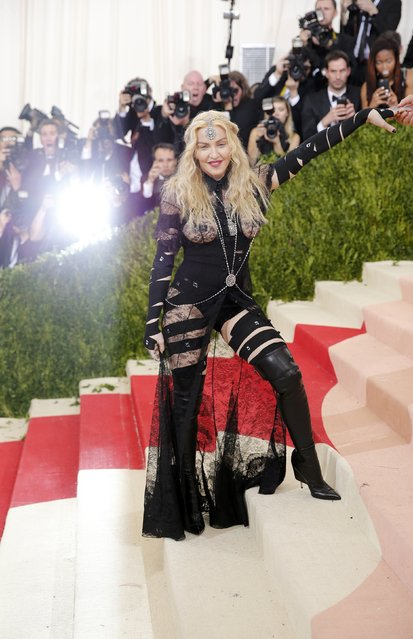 """Singer-songwriter Madonna arrives at the Metropolitan Museum of Art Costume Institute Gala (Met Gala) to celebrate the opening of """"Manus x Machina: Fashion in an Age of Technology"""" in the Manhattan borough of New York, May 2, 2016. (Photo by Eduardo Munoz/Reuters)"""