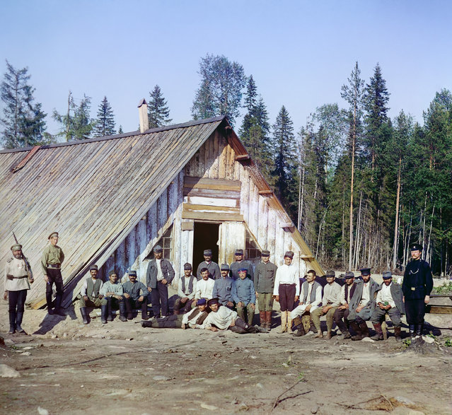 Photos by Sergey Prokudin-Gorsky. Austrian prisoners of war near a barrack. Russia, Olonets province, Petrozavodsk uyezd (district), Kivach station, 1916