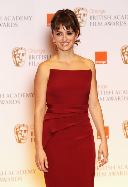 Penelope Cruz poses in the press room during the Orange British Academy Film Awards 2012 at the Royal Opera House on February 12, 2012 in London, England.  (Photo by Chris Jackson/Getty Images)