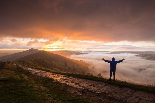 Cloud inversion taken at Sunrise in Mam Tor, Derbyshire, UK on August 30, 2016. (Photo by David Zdanowicz/REX Shutterstock)