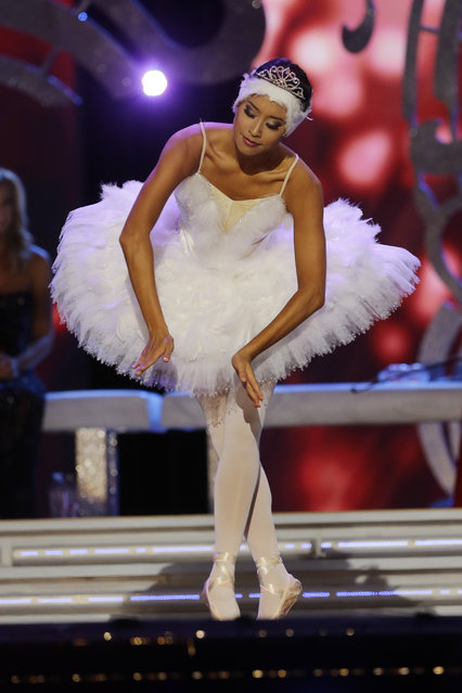 Miss California Crystal Lee performs during the Miss America 2014 pageant, Sunday, September 15, 2013, in Atlantic City, N.J. (Photo by Mel Evans/AP Photo)