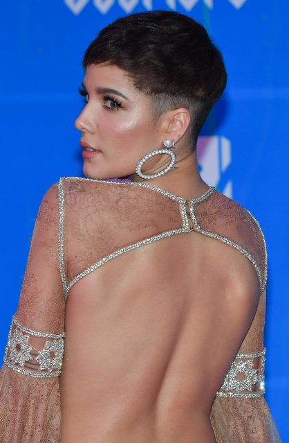 Halsey attends the MTV EMAs 2018 on November 4, 2018 in Bilbao, Spain. (Photo by Stephane Cardinale – Corbis/Corbis via Getty Images)