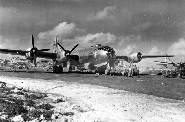"Boeing B-29 ""The Dragon Lady"" from the 497th Bomb Group undergoes maintenance on Saipan, Marianas, late December 1944. (Photo by U.S. Air Force)"