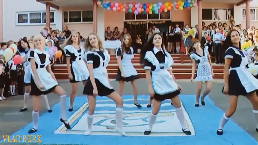 "Clip of the Day: Ukrainian folk song ""Распрягайте, Хлопцы, Коней"" (Vlad Burk Remix Dance Video)"