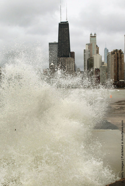 Storm Brings Heavy Rain And High Winds To Chicago