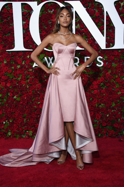 Jourdan Dunn attends the 70th Annual Tony Awards at The Beacon Theatre on June 12, 2016 in New York City. (Photo by Dimitrios Kambouris/Getty Images for Tony Awards Productions)