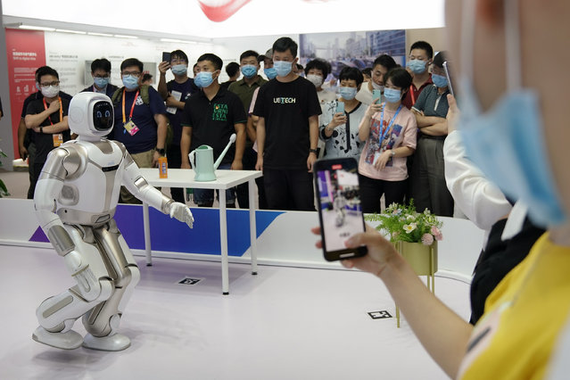 A humanoid is on display during the 2020 China International Fair for Trade in Services (CIFTIS) at Beijing Olympic Park on September 5, 2020 in Beijing, China. As China recovers from the COVID-19 epidemic, about 2,000 Chinese and foreign enterprises will participate and showcase their newest technology in public health and digital technology in the China International Fair for Trade in Services. (Photo by Lintao Zhang/Getty Images)