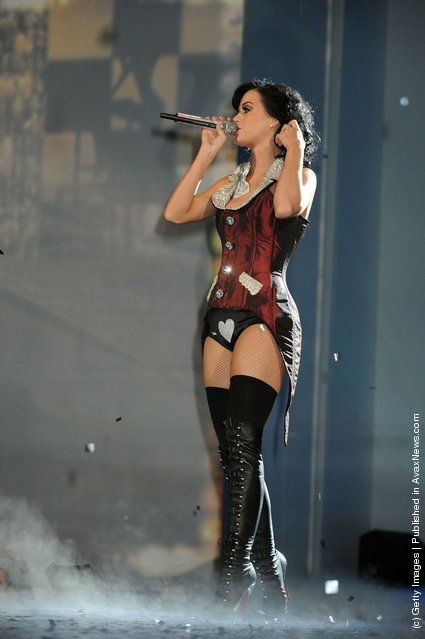 Host Katy Perry speaks on stage during the 2009 MTV Europe Music Awards held at the O2 Arena on November 5, 2009 in Berlin, Germany