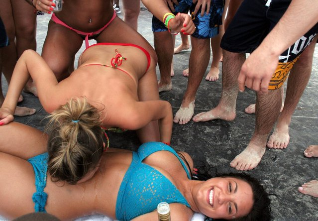 American students going wild during their Spring Break week-long recess in Cancun, Mexico on March 10, 2007. (Photo by Keystone USA/ZUMA Press/Rex Features/Shutterstock)