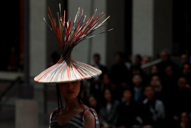 A model presents a creation by designer Satoshi Kondo as part of his Spring/Summer 2020 women's ready-to-wear collection show for fashion house Issey Miyake during Paris Fashion Week in Paris, France, September 27, 2019. (Photo by Gonzalo Fuentes/Reuters)