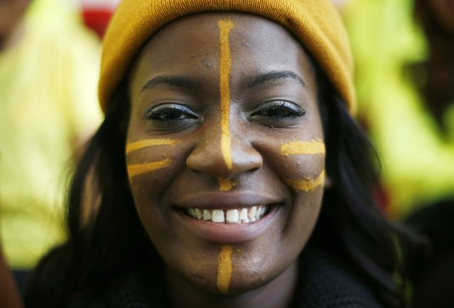 Miss Ecuatorial Guinea Agnes Genoveva Cheba Ade  wears face paint during the Miss World sports competition at the Lee Valley sports complex in north London, November 26, 2014. (Photo by Andrew Winning/Reuters)
