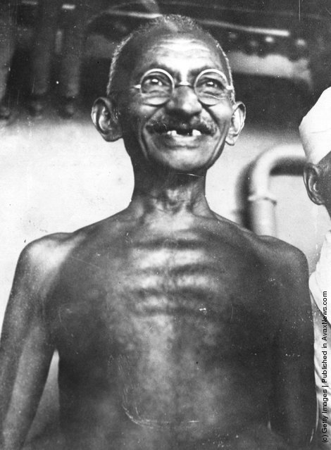 1931: Indian leader and human rights activist Mahatma Gandhi (Mohandas Karamchand Gandhi)