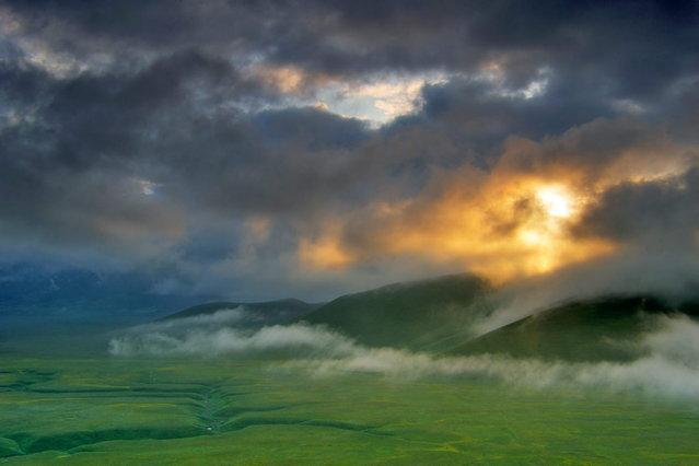 "GDT Naturfotograf 2014 – ""Die besten Naturfotografien des Jahres"". Sandra Bartocha – Piano Grande. Winner: Landscapes. (Photo by Sandra Bartocha)"