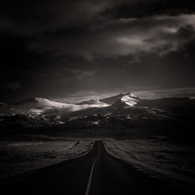 Location: 10km past Akureyri. (Photo by Andy Lee/Caters News)
