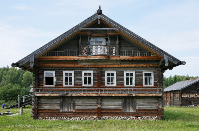 A view of the facade of a house moved from the village of Bor, Nyuksenitsa District to Vologda Open Air Museum of Architecture and Ethnography in the village of Semenkovo outside Vologda, Russia, July 15, 2016. (Photo by Maxim Shemetov/Reuters)