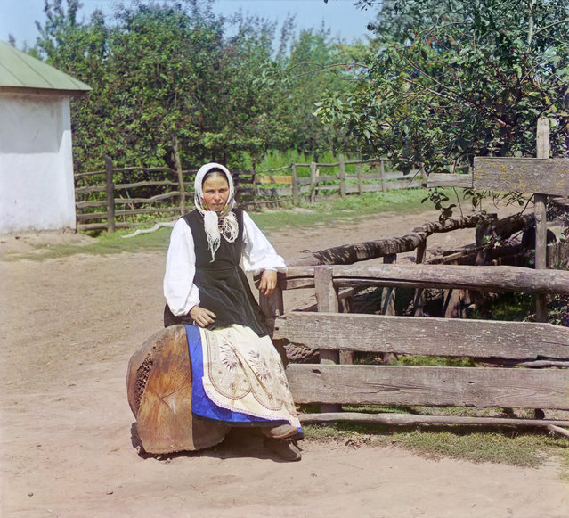 Photos by Sergey Prokudin-Gorsky. In Little Russia (near Putivl in Kursk Province), between 1904 and 1905