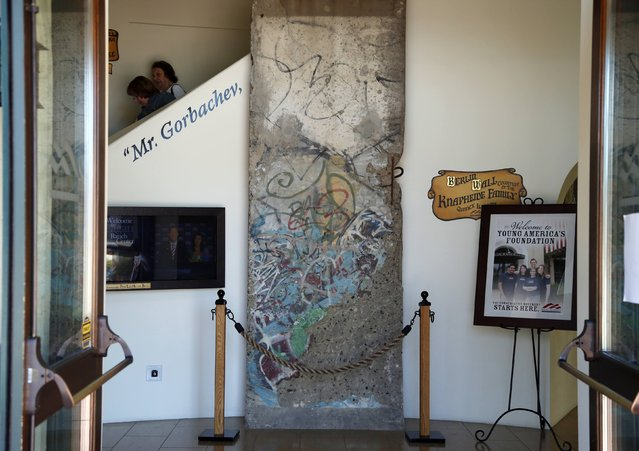 A section of the Berlin Wall is seen at the Reagan Ranch Center in Santa Barbara, California, September 16, 2014. (Photo by Lucy Nicholson/Reuters)