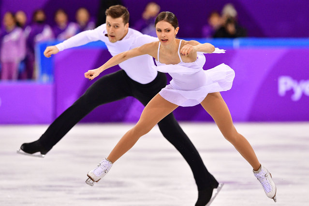 Russia's Natalia Zabiiako and Russia's Alexander Enbert compete in the figure skating team event pair skating free skating during the Pyeongchang 2018 Winter Olympic Games at the Gangneung Ice Arena in Gangneung on February 11, 2018. (Photo by Mladen Antonov/AFP Photo)
