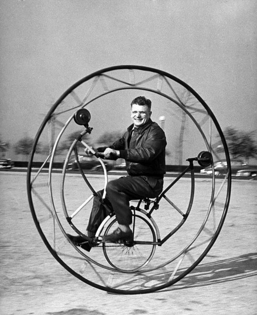 Uno-Wheel, if braked suddenly, has been known to spin its rider round and round inside the big main wheel, 1948. (Photo by Wallace Kirkland/Time & Life Pictures)