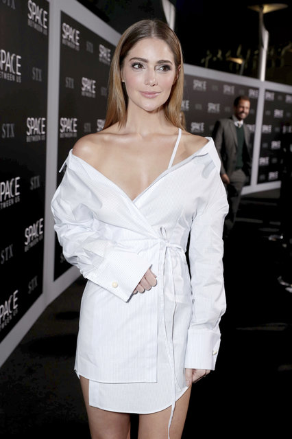 """Janet Montgomery seen at STX Entertainment Los Angeles Special Screening of """"The Space Between Us"""" at ArcLight Hollywood on Tuesday, January 17, 2017, in Los Angeles. (Photo by Eric Charbonneau/Invision for STX Entertainment/AP Images)"""