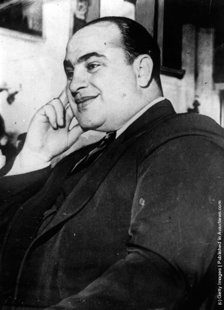 1930: The gangster Al (Alphonse) Capone