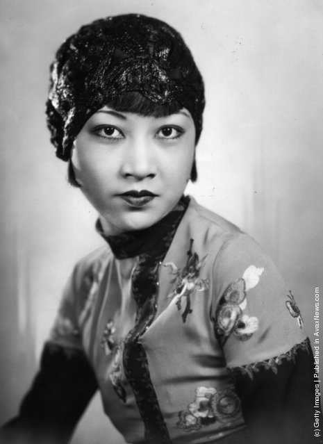 Anna May Wong (1907 - 1961), the silent era film actress who appeared in Circle of ChalkThe Thief Of Baghdad