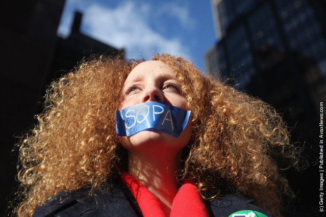 Tech Activists Protest SOPA And PIPA Bills