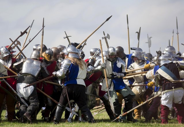 Historical re-enactors re-create the Battle of Tewkesbury as part of an anniversary event for the Battle of Bosworth near Market Bosworth in central Britain August 22, 2015. (Photo by Neil Hall/Reuters)