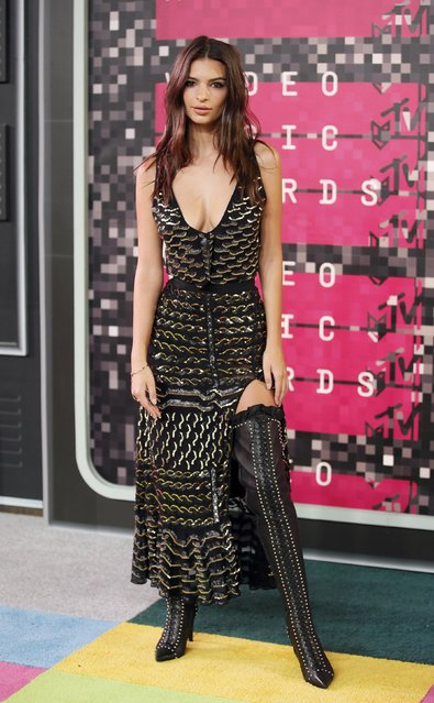 Model Emily Ratajkowski arrives at the 2015 MTV Video Music Awards in Los Angeles, California, August 30, 2015. (Photo by Danny Moloshok/Reuters)