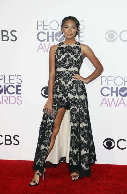 Actress Chandler Kinney arrives at the People's Choice Awards 2017 in Los Angeles, California, U.S., January 18, 2017. (Photo by Danny Moloshok/Reuters)