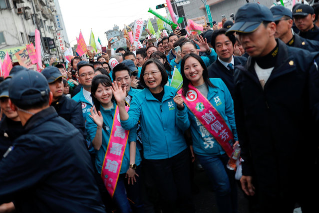 Taiwan President Tsai Ing-wen and the Democratic Progressive Party's (DPP) vice presidential candidate William Lai attend a campaign event in Taipei, Taiwan on January 10, 2020. (Photo by Tyrone Siu/Reuters)