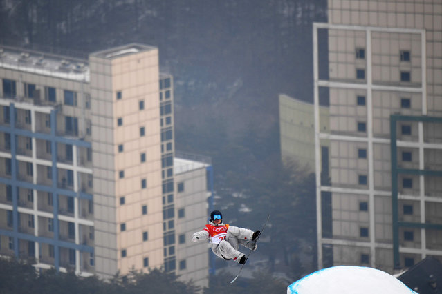 US Ryan Stassel competes during the qualification for the men' s snowboard slopestyle at the Phoenix Park during the Pyeongchang 2018 Winter Olympic Games on February 10, 2018 in Pyeongchang. (Photo by Loic Venance/AFP Photo)