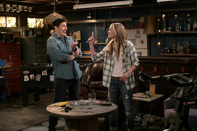 "This image provided by Fox Broadcasting Co. on Monday, May 13, 2019, shows Jason Biggs and Maggie Lawson in a scene from the network's upcoming comedy ""Outmatched."" The show is one of several new additions to Fox's prime-time lineup and the network describes it as a sitcom in which Biggs and Lawson are a blue-collar couple raising four kids, three of whom are geniuses. (Photo by Michael Becker/FOX via AP Photo)"