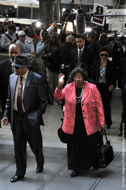 Joe Jackson and Katherine Jackson arrive at court for the Dr Conrad Murray trial verdict
