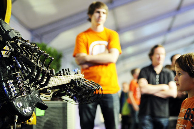 Robot music at RoboCup 2013 in Eindhoven (NL). (Photo by Bart van Overbeeke)