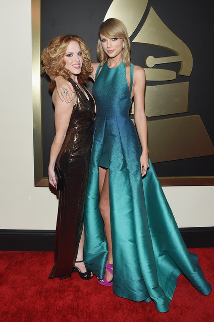 Abigail Anderson and recording artist Taylor Swift attend The 57th Annual GRAMMY Awards at the STAPLES Center on February 8, 2015 in Los Angeles, California. (Photo by Larry Busacca/Getty Images for NARAS)