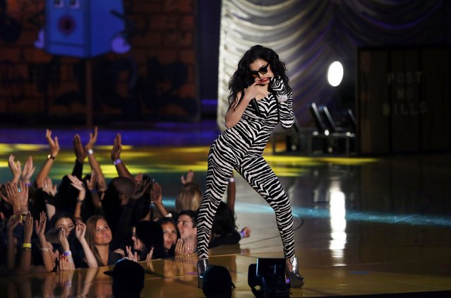 Charli XCX performs during the 2015 MTV Movie Awards in Los Angeles, California April 12, 2015. (Photo by Mario Anzuoni/Reuters)