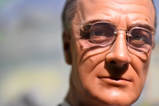 A wax figure of President Franklin Delano Roosevelt is displayed at the Hall of Presidents Museum, which closed in November, before an auction in Gettysburg, Pennsylvania, U.S. January 14, 2017. (Photo by Mark Makela/Reuters)
