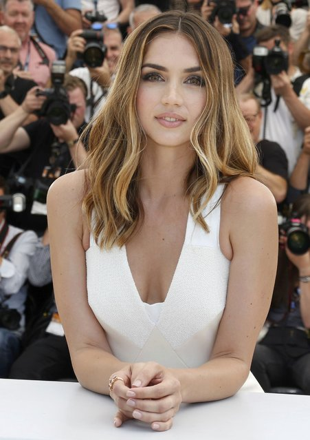 """Cast member Ana de Armas poses during a photocall for the film """"Hands of stone"""" out of competition at the 69th Cannes Film Festival in Cannes, France, May 16, 2016. (Photo by Regis Duvignau/Reuters)"""