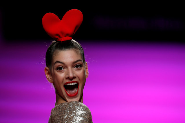 A model presents a creation from Agatha Ruiz de la Prada's Fall/Winter 2017 collection during the Mercedes-Benz Fashion Week in Madrid, Spain, February 17, 2017. (Photo by Juan Medina/Reuters)