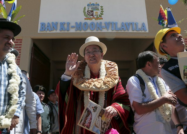 "U.N. Secretary-General Ban Ki-moon waves as he leaves the sports arena called ""Coliseo Ban Ki-Moon"" in Vila Vila, south of Cochabamba, October 11, 2015. (Photo by David Mercado/Reuters)"
