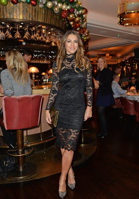 Elizabeth Hurley attends an intimate performance with Kylie Minogue at The Ivy to kick off The Ivy 100 Centenary celebrations on December 7, 2016 in London, England. (Photo by David M. Benett/Dave Benett/Getty Images for The Ivy)